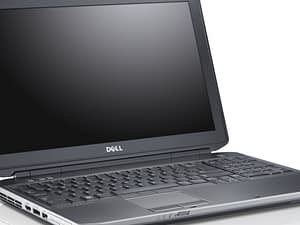 DELL E5530 leva strana laptopa